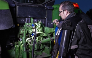 Tractor engine inspected with the powerful Suprabeam Q7compacy flashlight